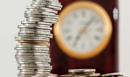 The minimum wage will increase to CZK 15,200 in 2021