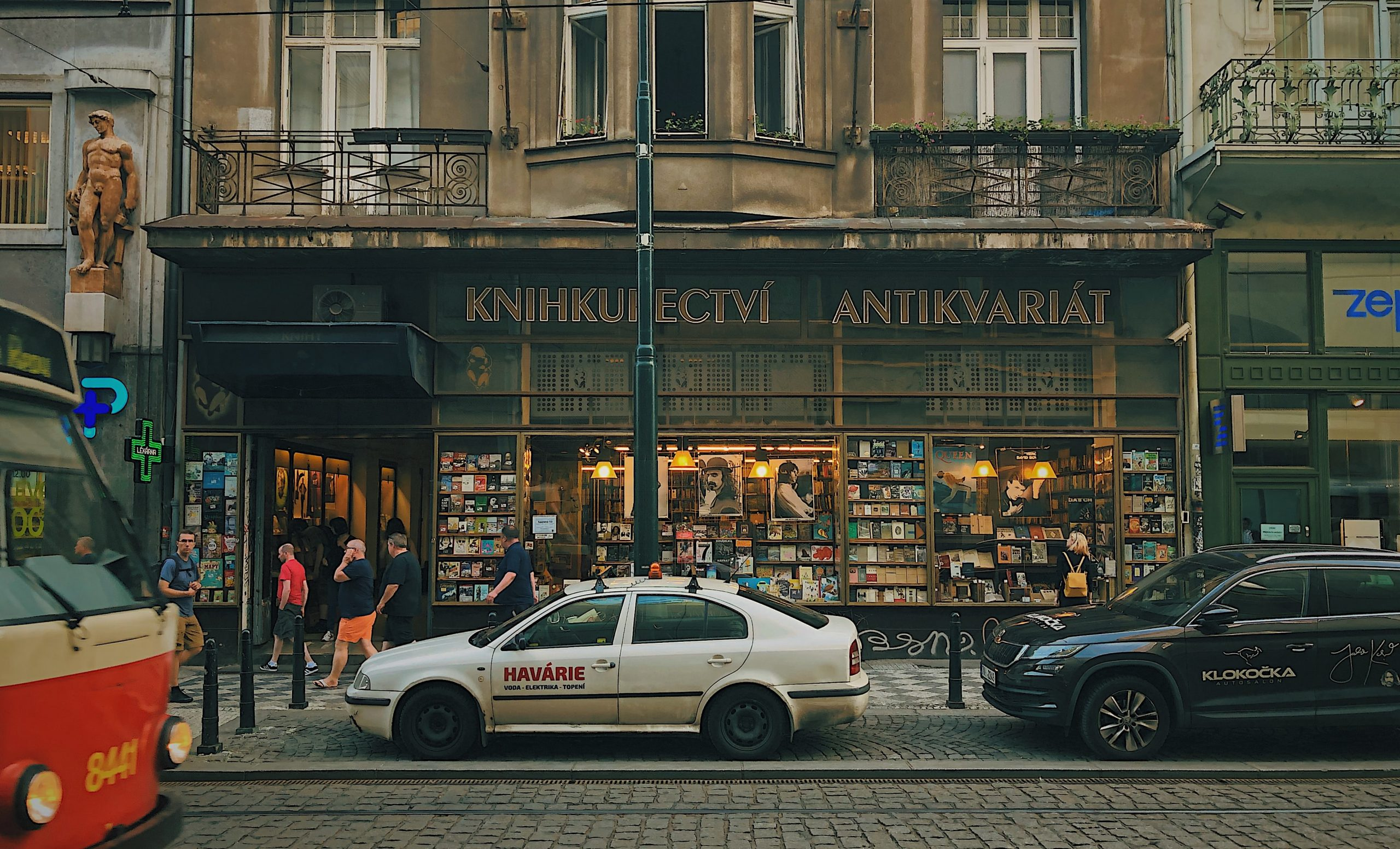 Car in front of a shop in Prague